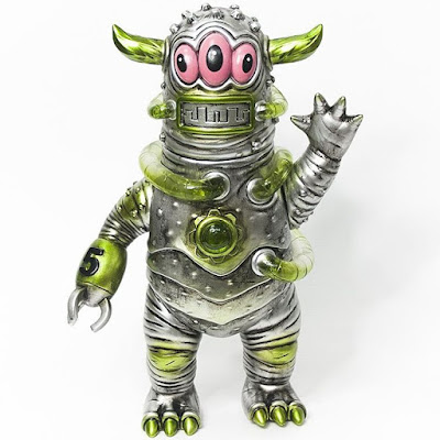 Designer Con 2016 Exclusive Salamander SMD5 Vinyl Figure by Jeff Lamm x Paul Kaiju x Unbox Industries