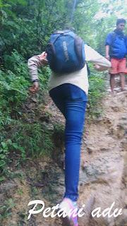 Pendakian Gunung Kapur Ciampea Bogor || Puncak Galau