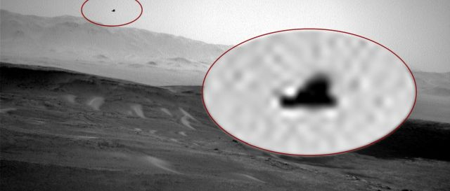Winged Anomaly 'Bird' captured by Curiosity on Mars  Winged%2Banomaly%2Bbird%2Bcuriosity%2Bmars%2B%25281%2529