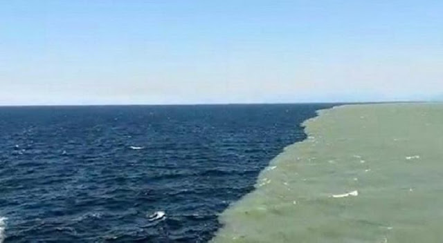 Proses terbelahnya lautan