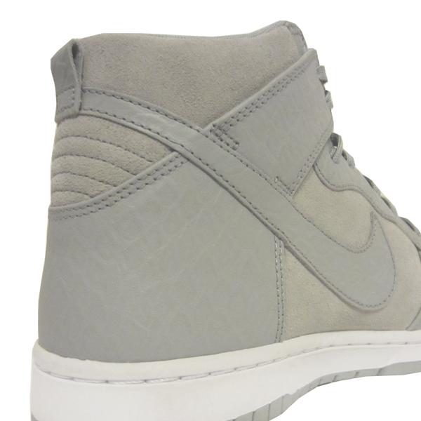0e4bc62c72 Nike Air Max 1 Ultra Moire. Dark Grey, Flat Silver, Neutral Grey, Black.  705297-003. Nike Dunk CMFT Premium. Wolf Grey, White. 705433-002.