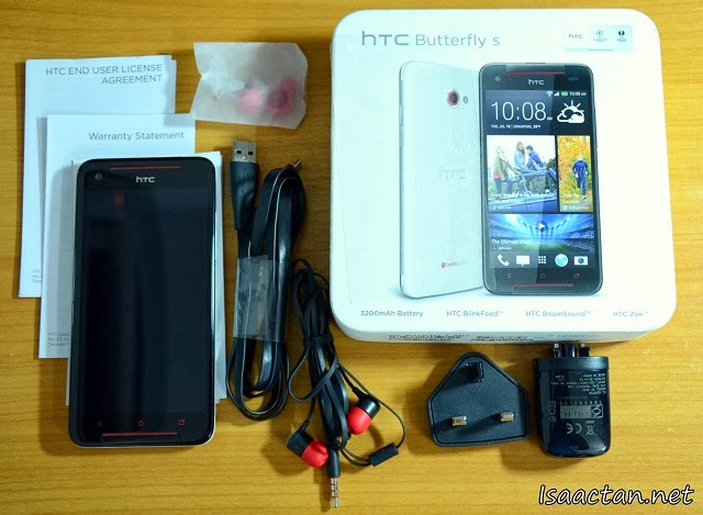 Unboxing the HTC Butterfly S