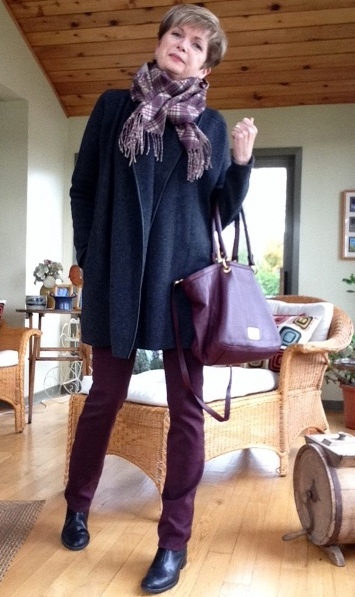Vince cardigan, NYDJ jeans, Marc Jacobs bag