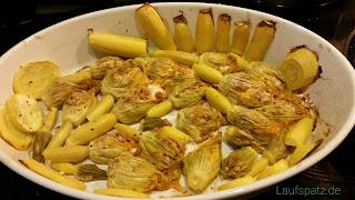 vegetarisch gefüllte Zucchiniblüten Rezept gebacken fertig lecker