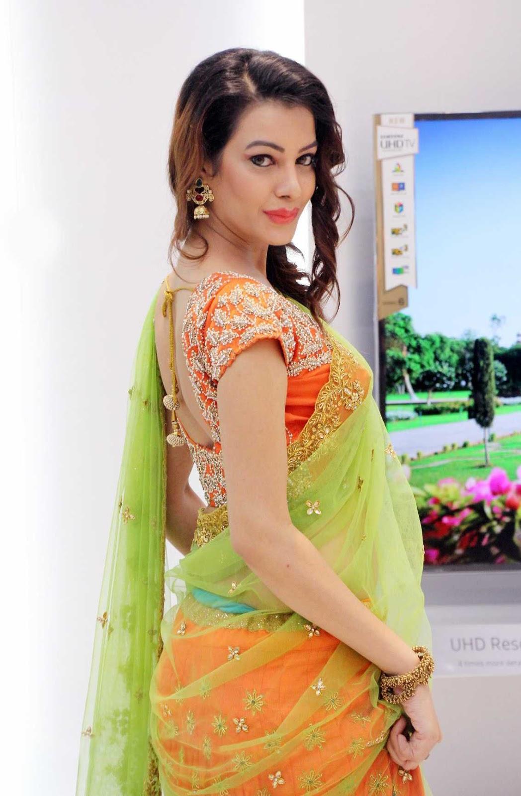 In Saree Tamanna In Himmatwala: Saree Market: South Indian Actress Diksha Panth In Party
