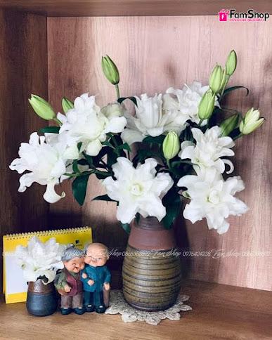 Hoa ly kép trắng