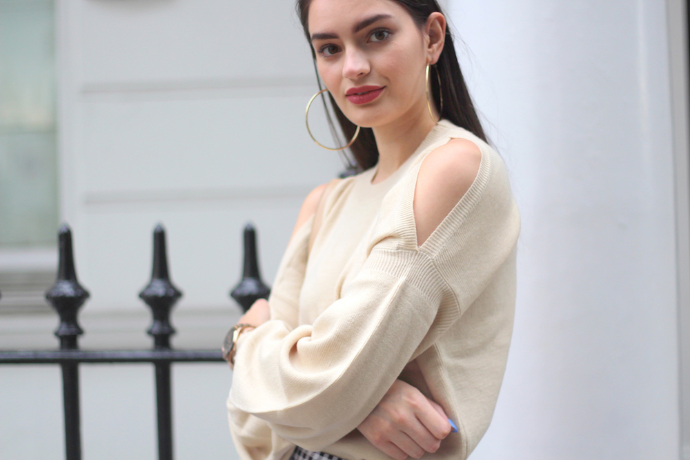 cold shoulder jumper missguided peexo blogger