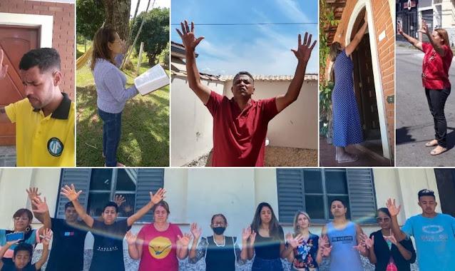 Moradores oram nas portas de casa após pedido de pastores, em Bragança Paulista