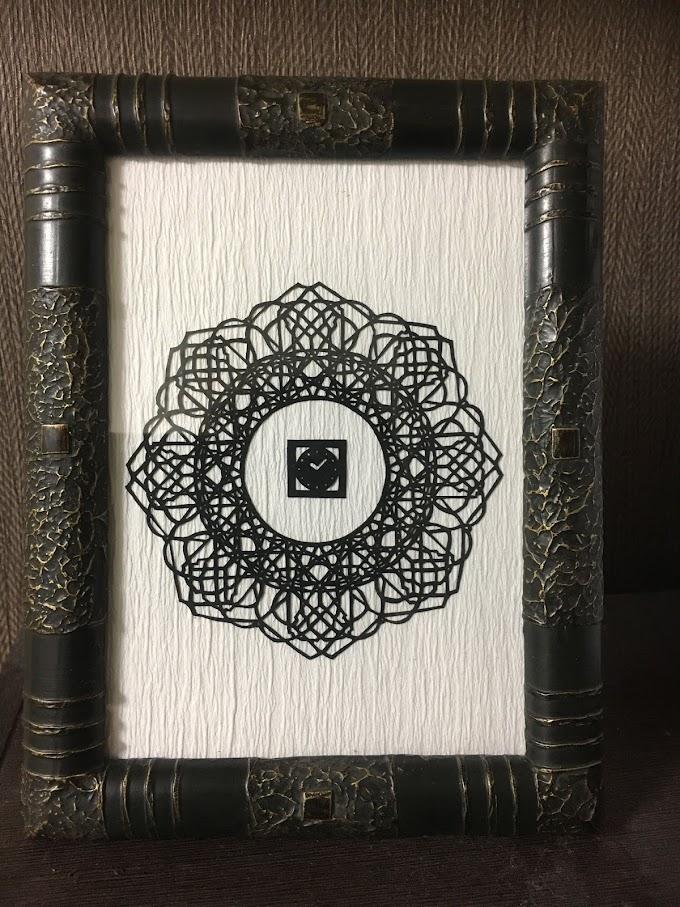 濃黒切り絵展2018出展作品 「AR切り絵 花時計」