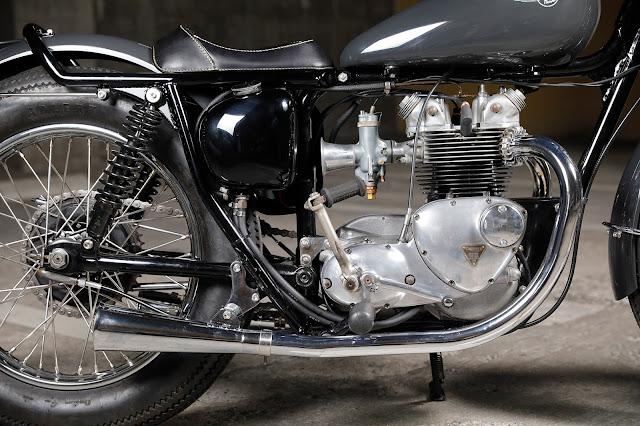 Triumph Bonneville T100 By Heiwa Hell Kustom