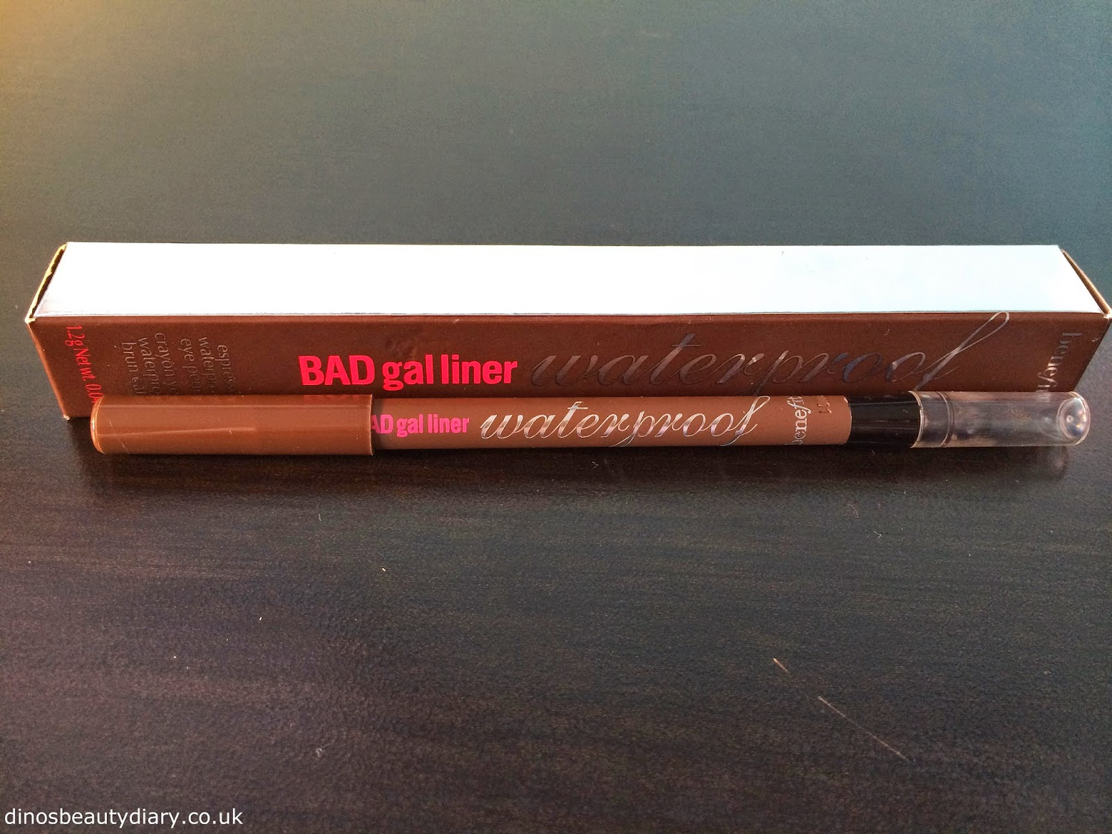 Benefit BADgal Liner