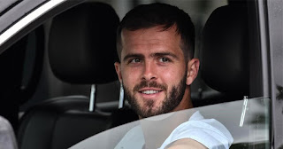Barcelona midfielder Pjanic has now tested negative for covid, yet to undergo second test