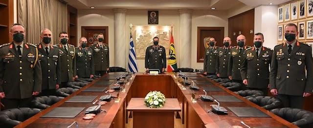 Αυτό είναι το νέο Ανώτατο Στρατιωτικό Συμβούλιο του Στρατού Ξηράς (ΦΩΤΟ)