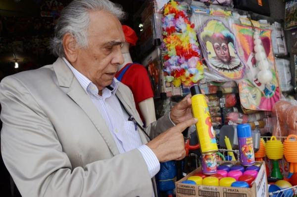 Vigilância Sanitária de Alagoas orienta sobre o uso de espumas, confetes e serpentinas no Carnaval