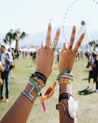 peace and love coachella