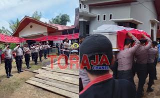 Wakapolres Toraja Utara Pimpin Persemayan Alm Aiptu Ruben Patimang  Secara Dinas Kepolisian