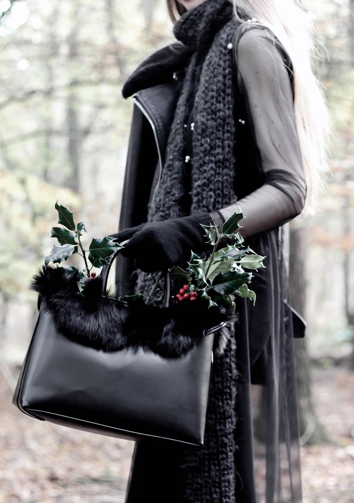 Holly Leaves Berries Flowers in Bag Fashion Blogger