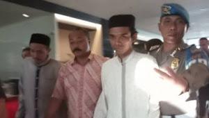 Polda Metro Jaya Akhirnya Periksa Pelapor Kasus Penistaan & Pelecehan Salib Oleh Abdul Somad