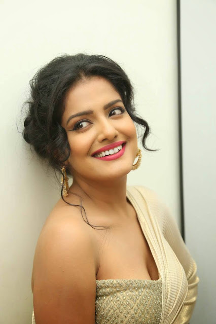 Vishakha Singh  IMAGES, GIF, ANIMATED GIF, WALLPAPER, STICKER FOR WHATSAPP & FACEBOOK
