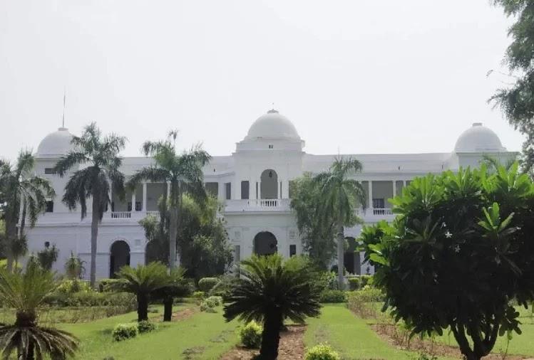 saif-ali-khan-reveals-he-earned-back-pataudi-palace-for-this-reason