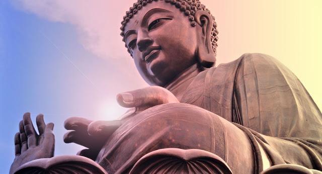 Lời Phật dạy: Tâm hẹp con đường đi vô cùng khó khăn, ai tâm rộng lớn tiền đồ bỗng sáng lạng