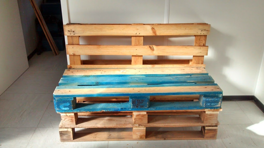 Proyectos de tecnolog a construyendo un banco con palets - Como hacer sillon de palets ...