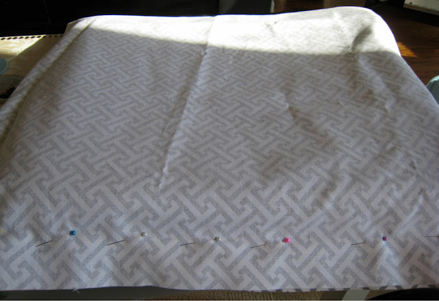 DIY seat cushion slipcover - tacking & pinning fabric
