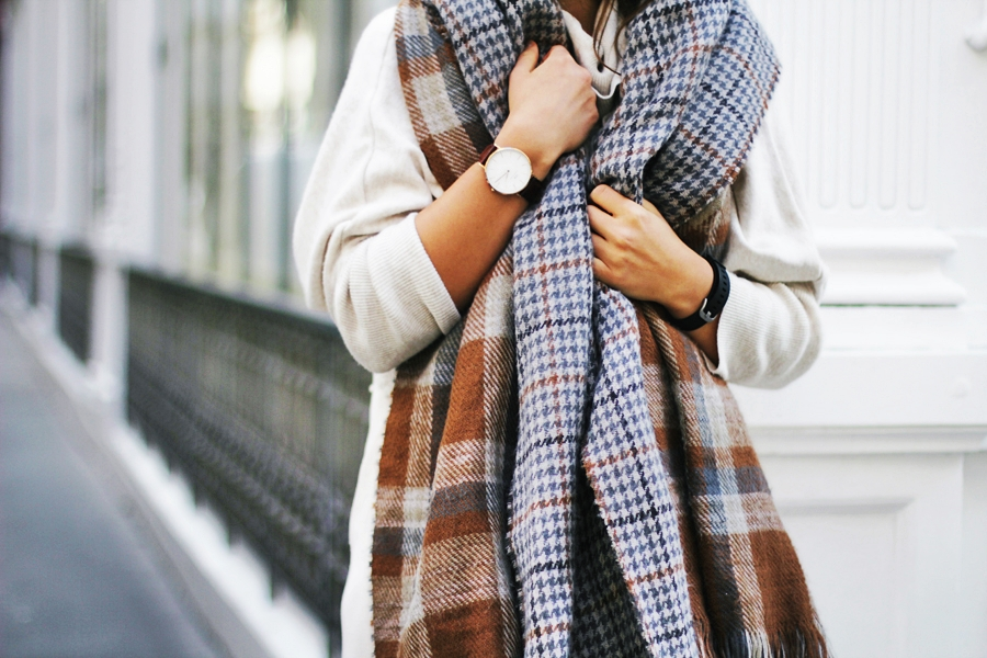 daniell wellington long scarf look