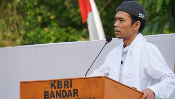 Buka-bukaan UAS Lawan Pesan dari Jakarta Saat Turun Gunung ke Pilkada