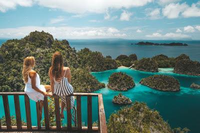 Raja Ampa Tempat Wisata Terbaik di Indonesia