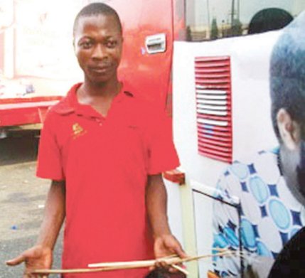soldier beat brt bus driver lagos