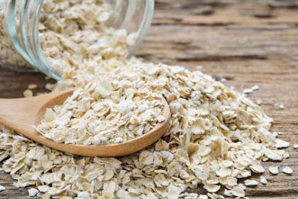 Daftar Makanan untuk Mengatasi Perut Kembung dan Sembelit Saat Puasa