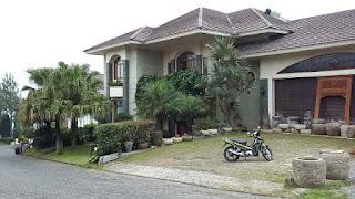 Tempat Gathering Yang Bagus Di Villa Istana Bunga Bandung