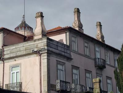 fachada de palacete no Porto