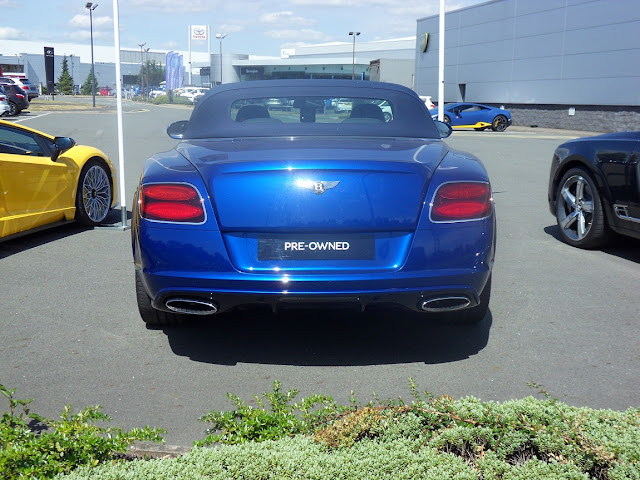 Blue-Bentley-Twin-Exhaust-Turbo-Rear