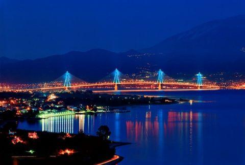 Η εικόνα από τη γέφυρα Ρίου- Αντίρριου που τους άφησε όλους άφωνους!