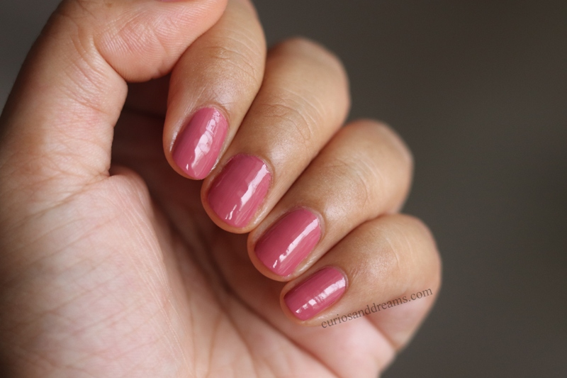Masaba by Nykaa Nail Enamel Review & Swatches, Masaba by Nykaa Nail Enamel Buzz Kill