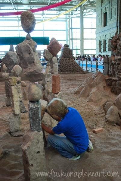 2014 Toronto CNE stone balancing