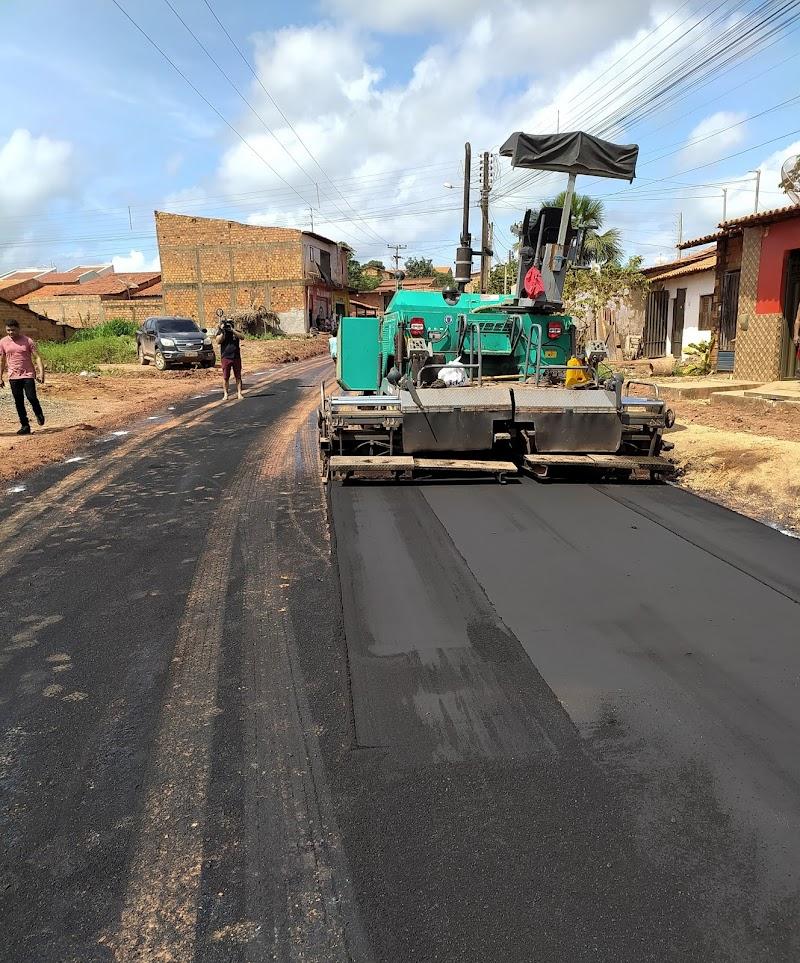 Vanessa Maia cumpre a promessa e manda asfaltar a Rua da Corrente em Pedreiras.