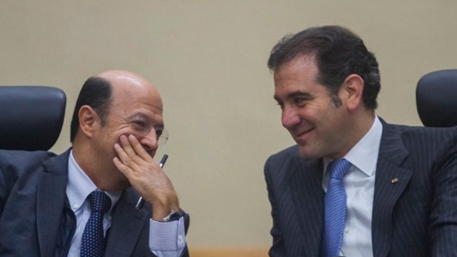 El INE aprueba casi 5 mmdp para los partidos políticos, ciudadanos exigen recorte del 50%