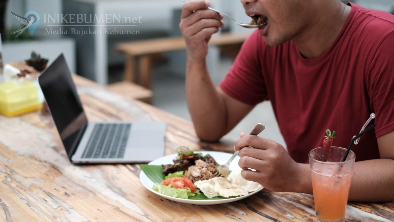Beranda Eatery Perbarui Menu Makanan dan Minuman