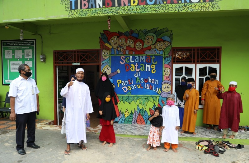 Berkah Ramadhan, BP Batam Serahkan Santunan Kepada Anak Yatim dan Kaum Dhuafa