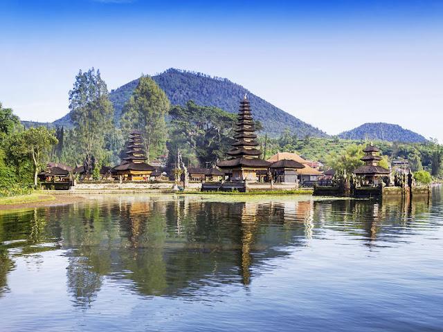 Bali Indonezja, Honeymoon, Miesiąc miodowy, Pakowanie do wyjazdu, Planowanie miesiąca miodowego, Planowanie ślubu, Podróże poślubne, Pomysły na Miesiąc miodowy, ślubne pomysły na wyjazd