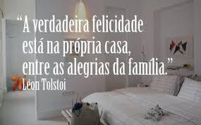 A verdadeira felicidade está na própria casa, entre as alegrias da família,alegria, felicidade, humor, sempre feliz, memes, risos, felicidade sem limites, alegre