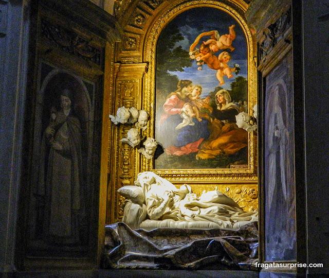 """Escultura """"Êxtase da Beata Ludovica Albertoni"""", de Bernini, Roma"""