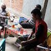 Bhabinkamtibmas Sosialisasi  Door To Door System, Untuk Adaptasi Kebiasaan Baru