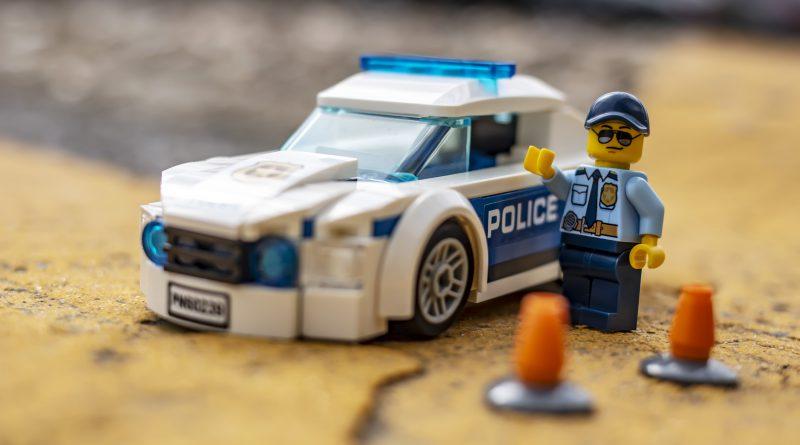 lego polisi