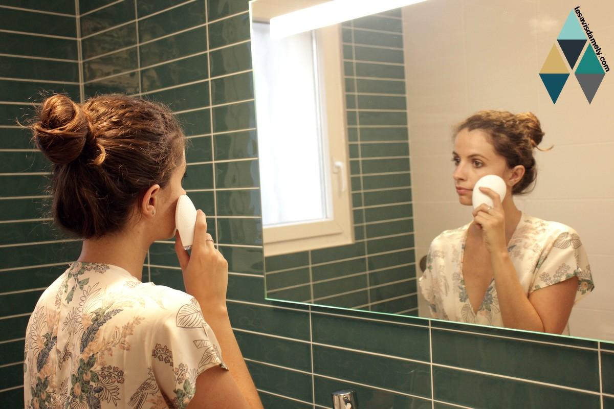 avis et test brosse nettoyante visage exfoliante hq