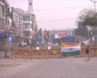 polics-start-work-on-kalindi-kunj-shahin-bag-road