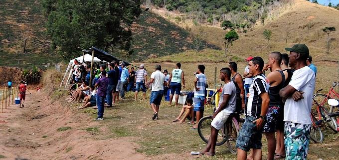 Estão voltando: Amador de Belo Oriente mostra o resgate do público à beira dos campos